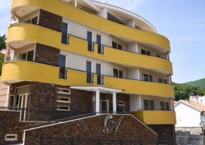 Hotel-Atina