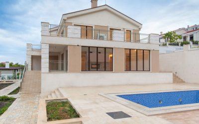 6436 Villa 4 bedrooms, Blizi Kuce