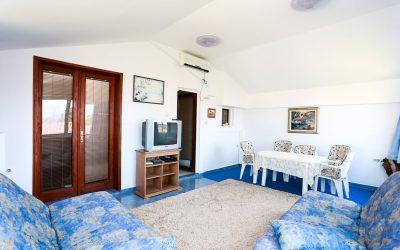 7270 Apartment 2 bedrooms, Petrovac