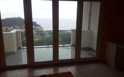 7380 Three bedrooms apartment with sea view, Petrovac