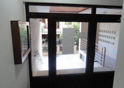 Budva - Ulaz u zgradu #2