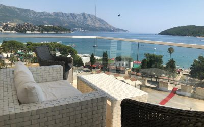 7439- One-bedroom apartment with sea view for sale in center of Budva